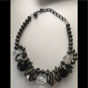 Chunky necklace clear and black as pictured